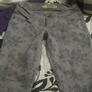 "Old Navy ""The Rock Star"" skinny pants size 6"